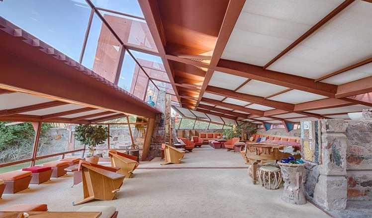 carousel_interior-1024x600